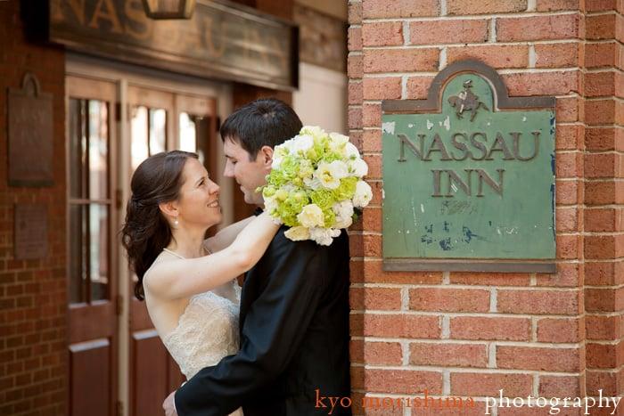 Nassau Inn wedding picture, photographed by NJ wedding photographer Kyo Morishima