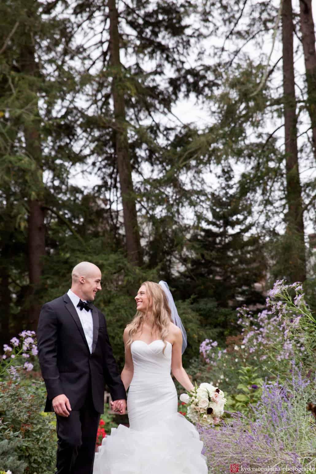 Wedding portrait at Prospect Gardens in Princeton during OctoberWedding portrait at Prospect Gardens in Princeton during October