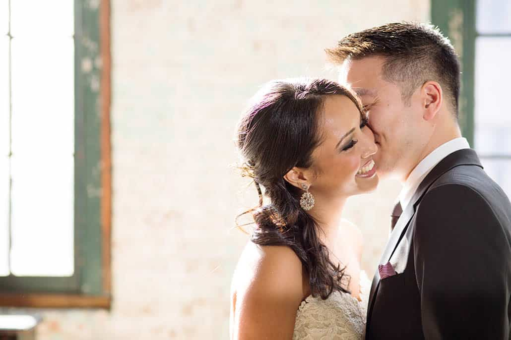 Rustic wedding look moment at Metropolitan Building, Long Island City NYC