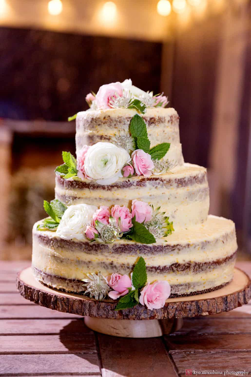 Background Hills Rustic Naked Wedding Cake By The Village Tea Room NYC At Blooming Hill Farm