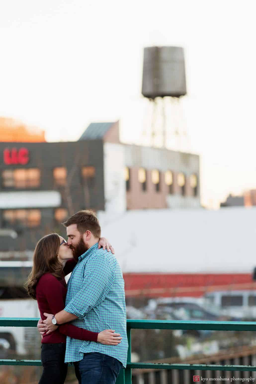 Gowanus Canal engagement picture by Brooklyn wedding photographer Kyo Morishima
